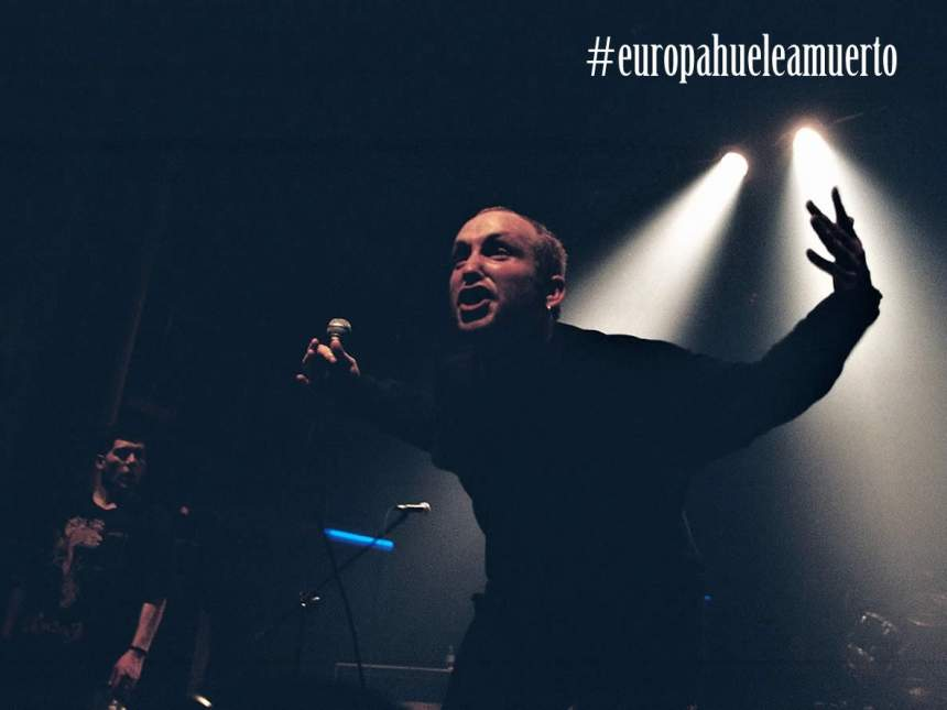 Carlos Elizaga baterista de Flitter - Europa huele a muerto